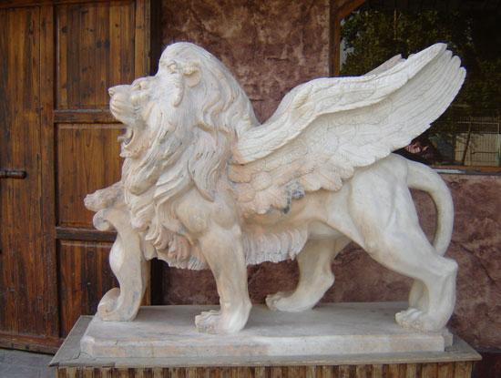 مجسمه سازی با سنگ مرمریت